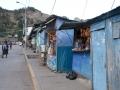 tambobamba_113-negozi_sulla_via_principale