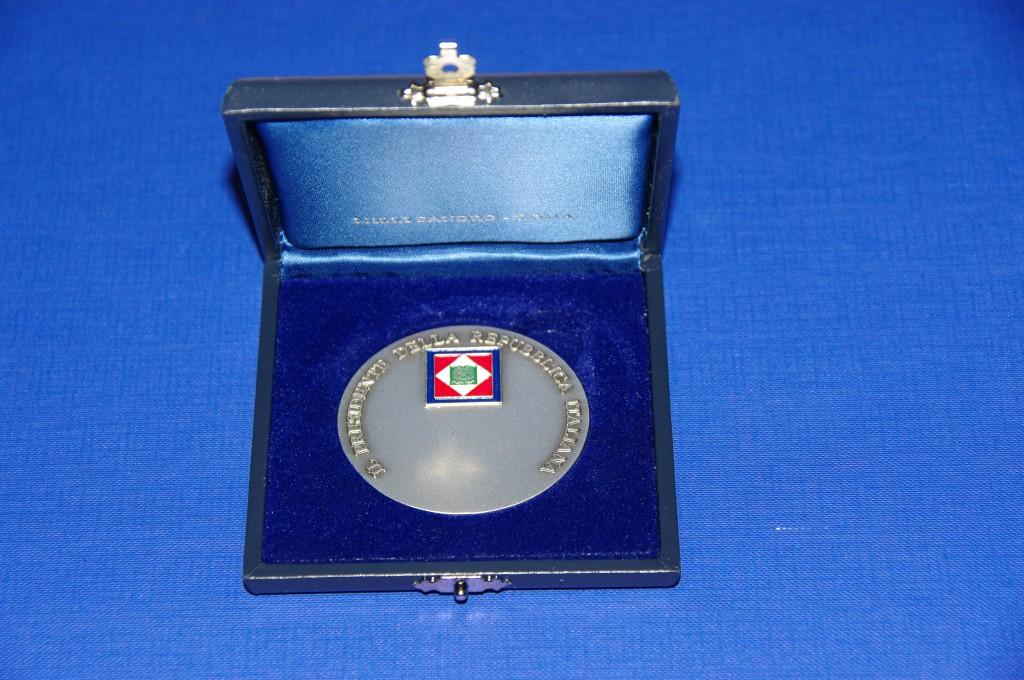 Medaglia Presidenza della Repubblica (2)